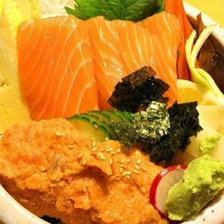 spicytuna-salmon-bowl