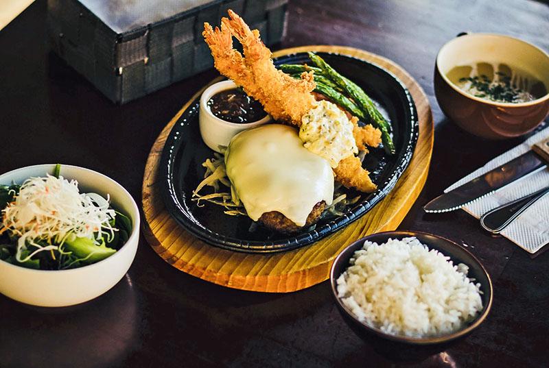 Hamburg Steak with Cheese and Fried Shrimp